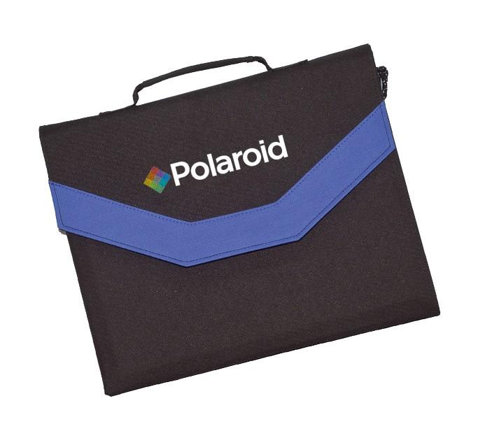 Polaroid SP100 kannettava aurinkopaneeli kuljetusta varten taitettu salkkuunsa